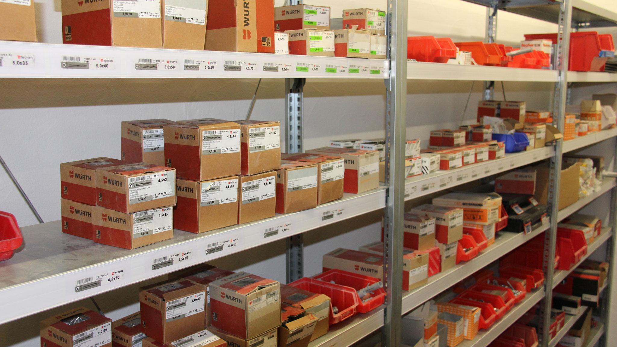 Lagerhalle - Elektro-Installation Panne GmbH in Halver